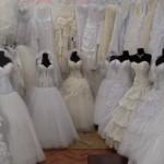 Можно продать свадебное платье или надо хранить