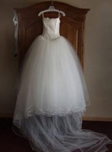 Продать или хранить свадебное платье