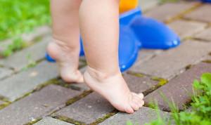 Ребенок ходит на носочках: что делать