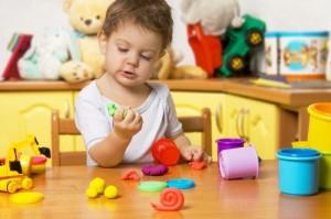Чем занять ребенка в 2-3 года