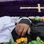 Можно ли носить вещи умершего человека